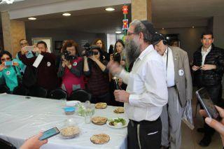 Кфар-Хабад накануне Песаха, фоторепортаж Израиль в лицах